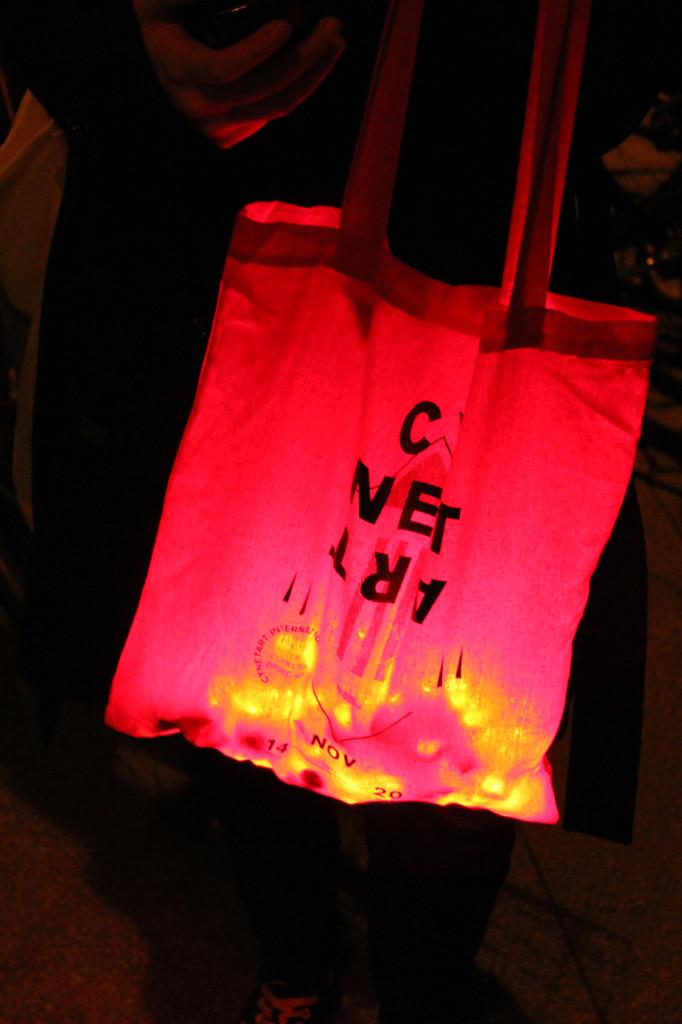 LED-Throwies_CyNetArt09